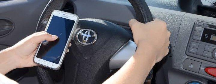 O uso do celular em movimento