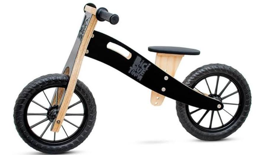 Bicicleta sem pedais: saiba como pode contribuir para o desenvolvimento das crianças