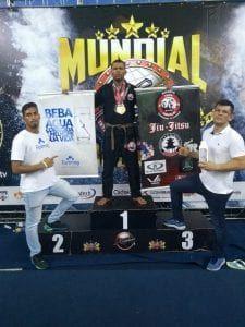 Agente de trânsito é campeão mundial de jiu-jitsu