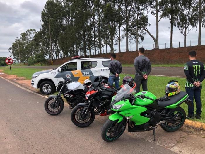 Vídeo: Motociclistas a mais de 220 km/h durante racha em rodovia de Catiguá