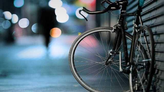 Projeto de Lei exige treinamento específico de motoristas de ônibus para preservar ciclistas