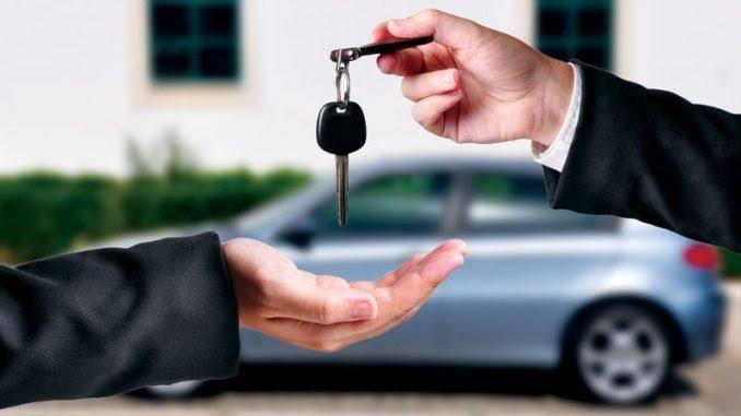 Governo libera que carro novo rode sem placa