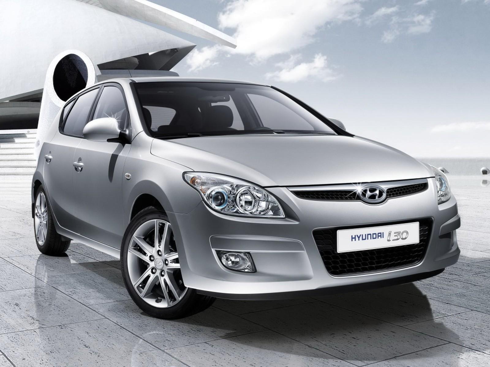 Hyundai chama i30 para recall; airbags podem se abrir com impactos em buracos