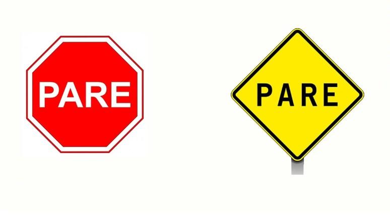 Qual a diferença entre as placas de PARE?