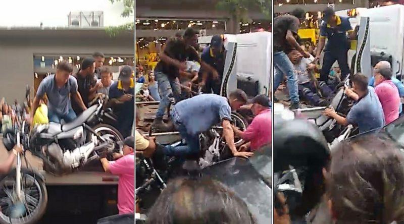 População impede guincho da Semob de rebocar motos