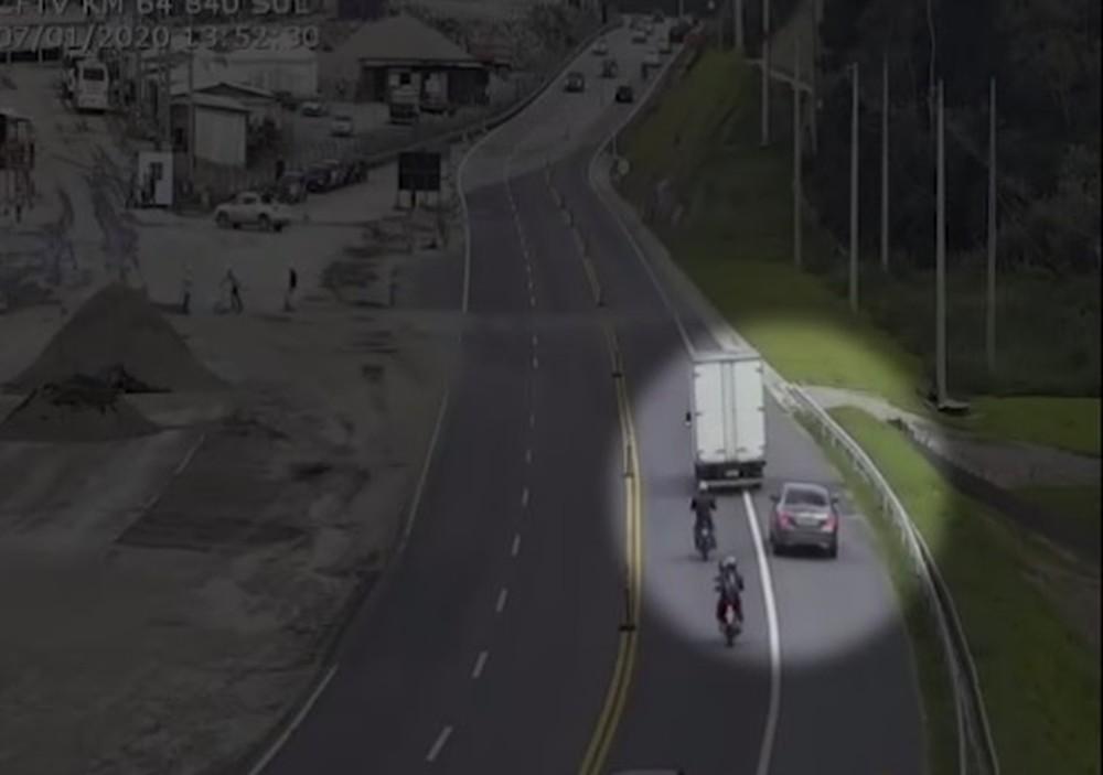 Motorista comete cinco infrações em 20 minutos e soma R$ 4,8 mil em multas