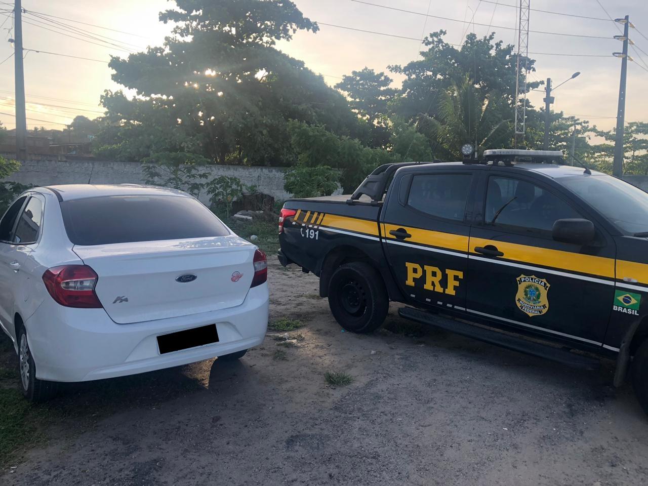 PRF flagra 20 pessoas dirigindo sob efeito de álcool no primeiro final de semana da Operação Verão