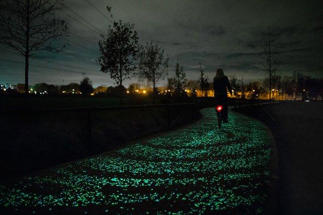 Holanda cria ciclovia que brilha no escuro