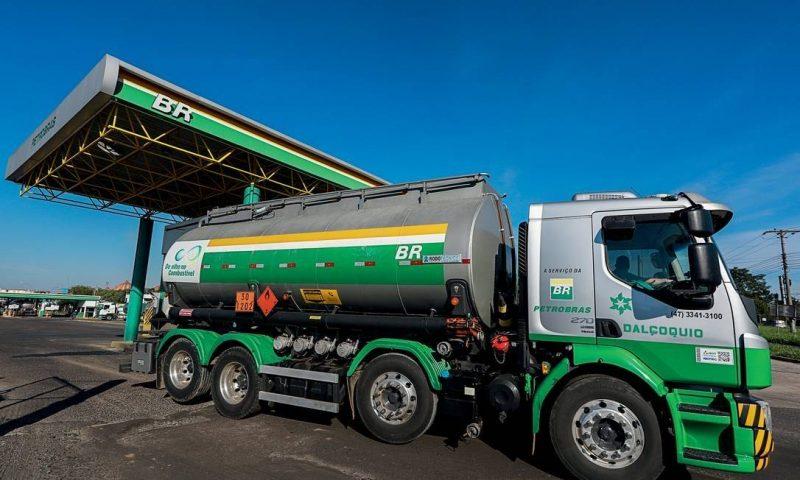 Indústria do petróleo pede livre trânsito de caminhões