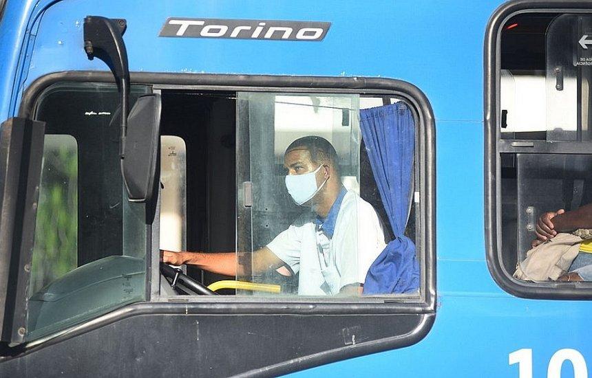 Ônibus não vão parar para quem estiver sem máscara