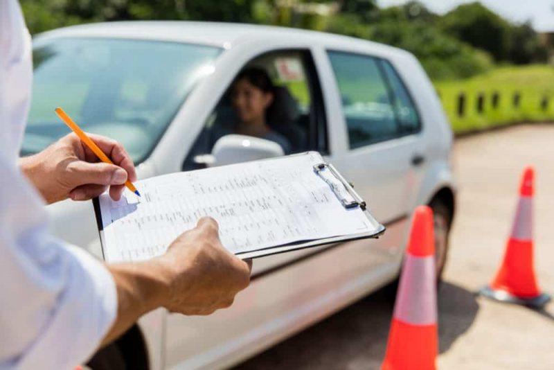Detran-RS prorroga suspensão de alguns serviços
