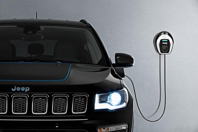 Jeep confirma que terá veículo 100% elétrico