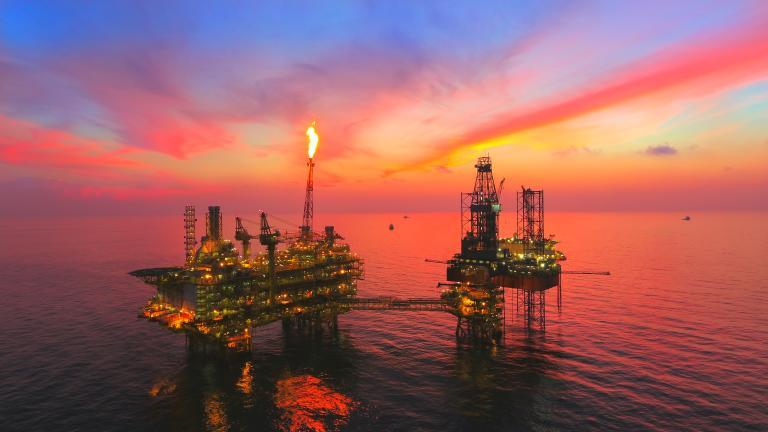 Mercado de petróleo sinaliza recuperação