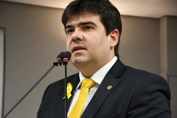 Deputado Eduardo Carneiro lança ação no Maio Amarelo