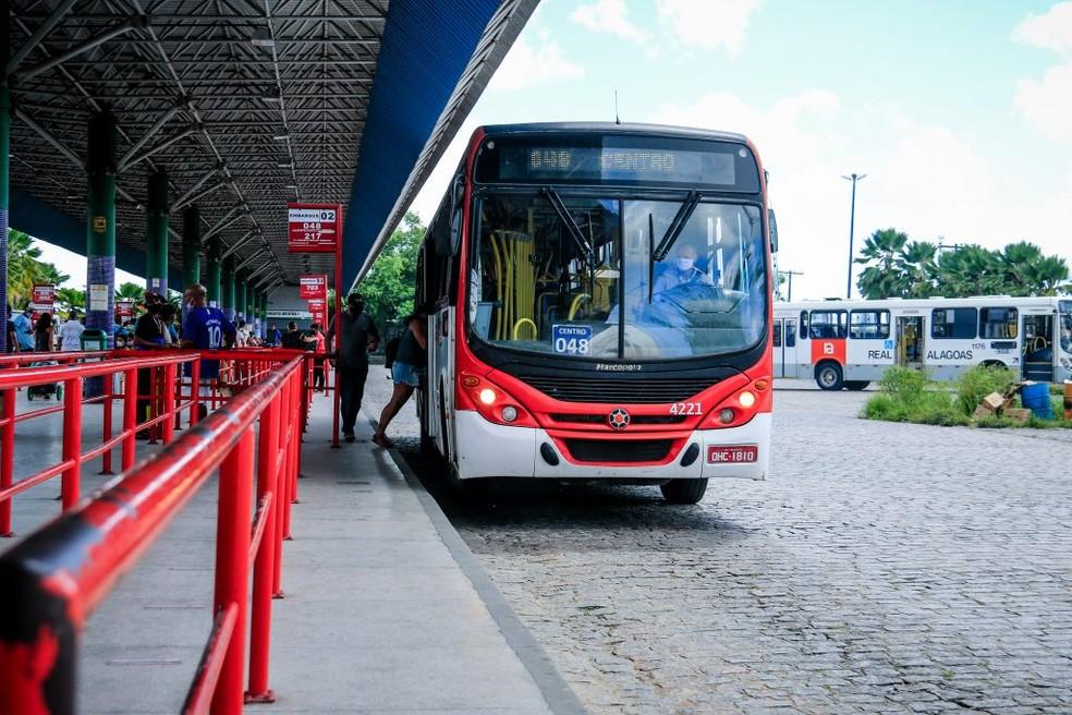 Ônibus atenderá pacientes e funcionários de hospital
